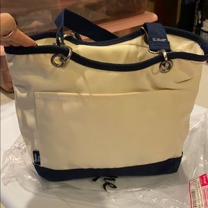 Retired style and color Thirty one Canvas Crew